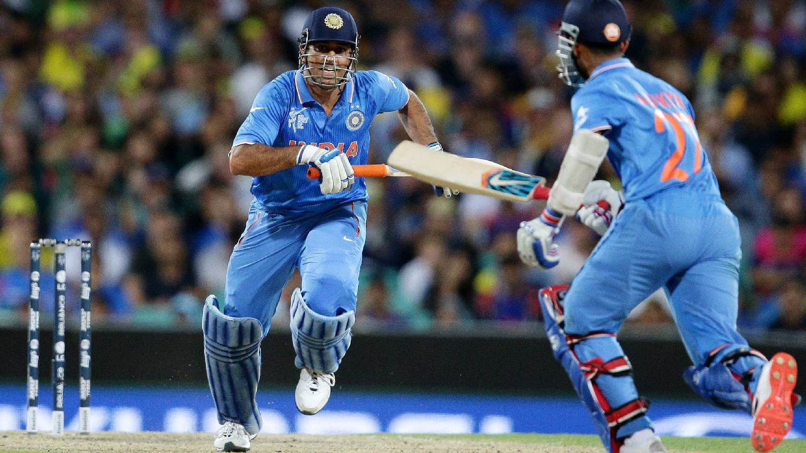 Dhoni Running between Wickets